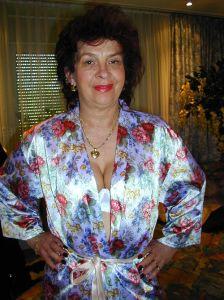 Gisèle femme cougar à gros seins sur Valenciennes